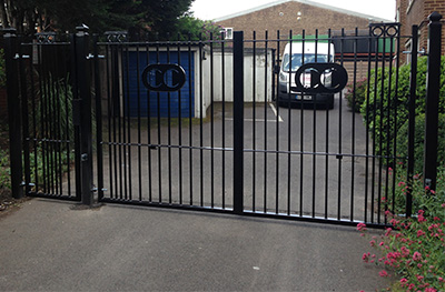 Double Access Driveway Gate - Security Gate