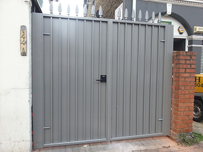 Privacy Protected Driveway Gate - Security Gate
