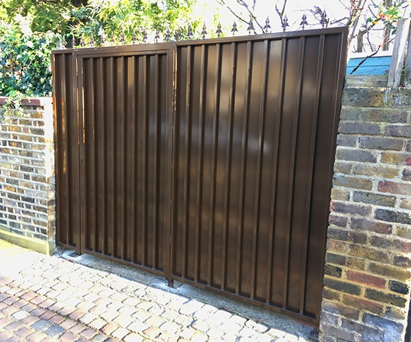 Garden Security Gate with External Steel Sheet and Secure Side Panel
