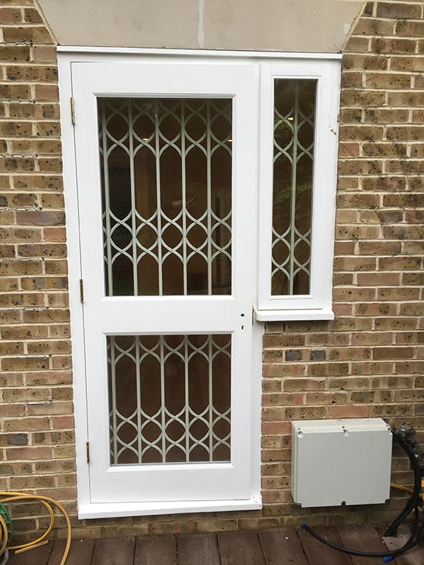 Retractable Security Gate & Side Window