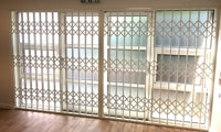 London Patio Door Retractable Security Gate
