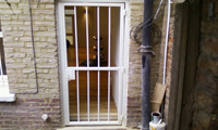 Single Front Door Security Gate / Bar Gate